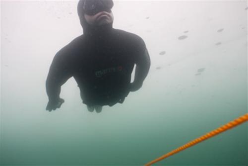 Unterwasser-Eishockey 2009